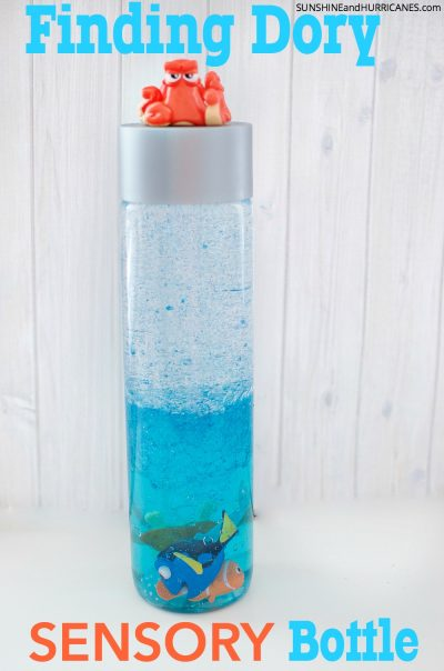 THIS is amazing for calming down toddlers! | DIY Finding Dory Sensory Bottle Idea for Toddlers