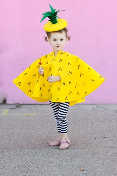 She's SO cute! OMG | DIY Pineapple Halloween Costume Idea for Girl Toddlers