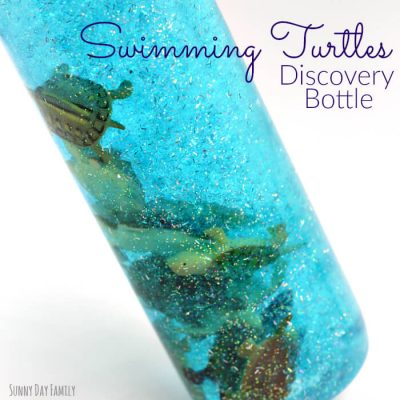 THIS is amazing for calming down toddlers! | DIY Swimming Turtles Sensory Bottle Ideas for Toddlers