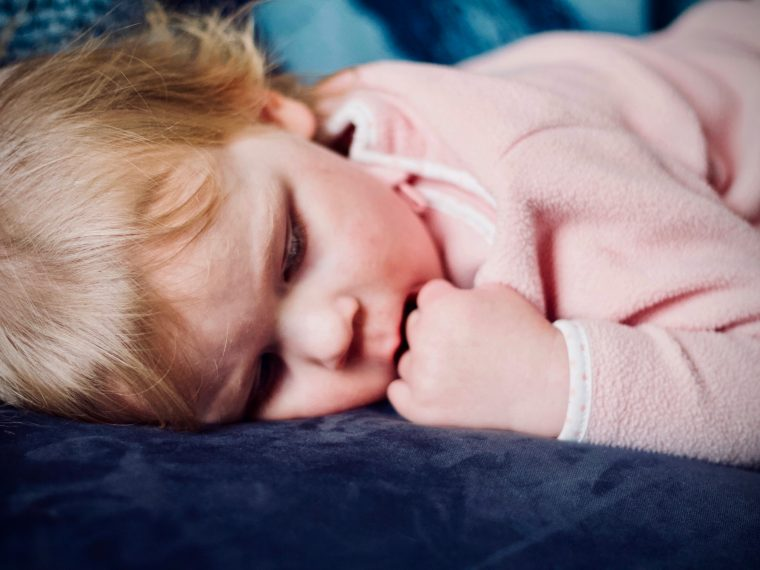 Get your toddler to sleep through the night with these special techniques | 5 Ways to Naturally Induce Sleep in Toddlers